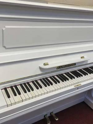 weißes Klavier mieten